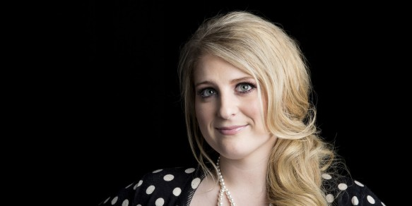 Meghan Trainor, Hailee Steinfeld & Common Kings at klipsch amphitheater at baywater park